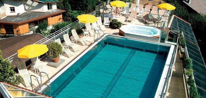 Sporthotel Manni's, Mayrhofen, Austria - Rooftop pool with jacuzzi.jpg